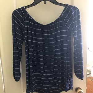Navy/white long sleeve light weight Hollister top